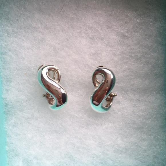 2772588d7 Authentic Tiffany and Co. infinity earrings. M_5c3b8e026197459a240872e4